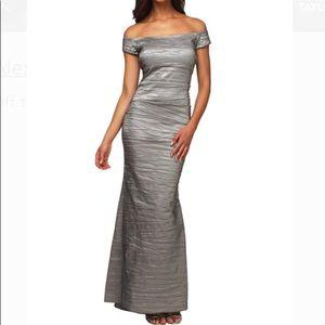 Off the Shoulder Stretch Taffeta Gown sz12